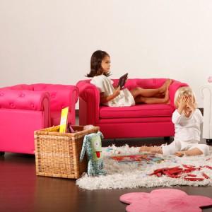 Fauteuil et canapé chesterfield pour enfant